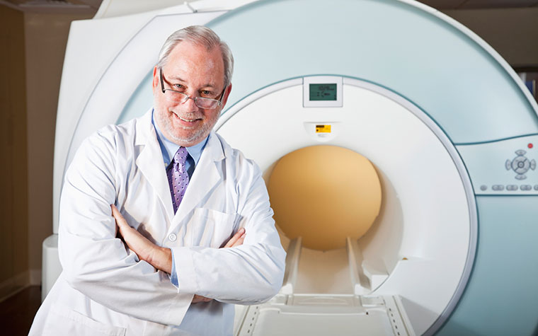 X-Ray Machine with Doctor
